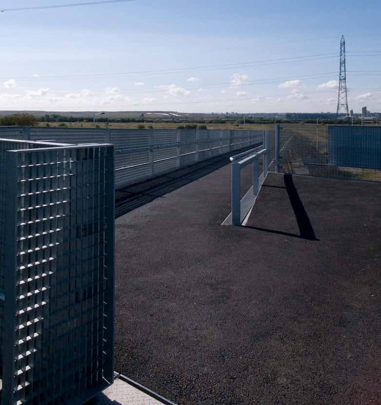 View towards Rainham marsh from the top of the trackway.